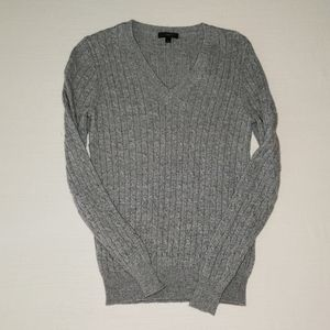 J Crew cambridge cable v neck sweater